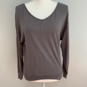 Gap Body | Long Sleeve V-Neck Super Soft T-Shirt